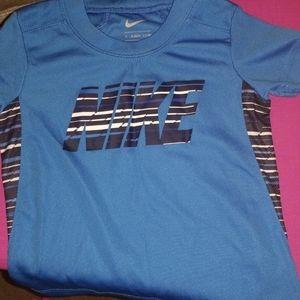 Nike 2pc Boys 2t Short set